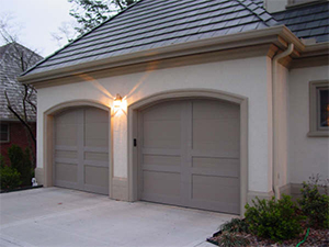 garage door Friendswood